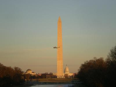 VH-3D flying past the Washington Monument
